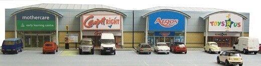 Kingsway, 00 scale, Retail park units, Kit build service.