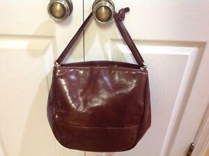 28f729970c Rare Auth Bottega Veneta Italy Amazing Vtg Leather Hobo Shoulder ...