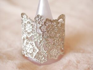 Ladies-Designer-Lace-Cuff-Bracelet-Silver-Limited-Stock-in-a-Beautiful-Gift-Box
