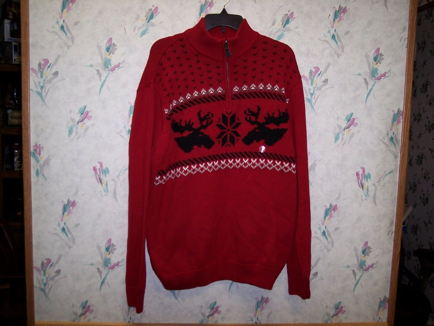 CHAPS MEN'S RED HOLIDAY SWEATER SIZE XL BRAND NEW WITH TAG
