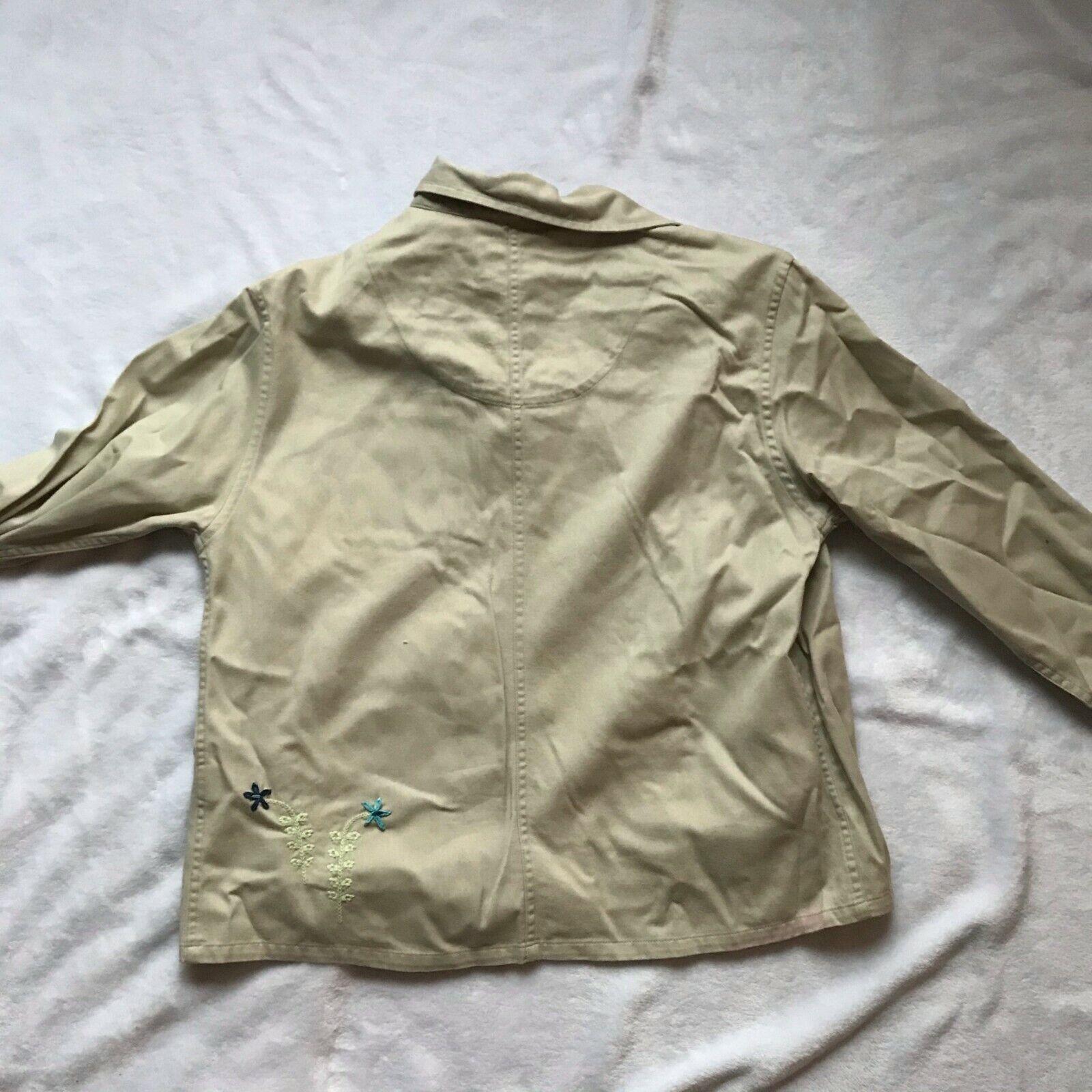Women's 3 Piece Set - T-shirt, Denim Jacket, & Pu… - image 4