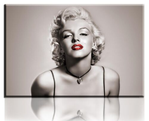 Wall Art Canvas Picture Print of Classic Marilyn Monroe Framed