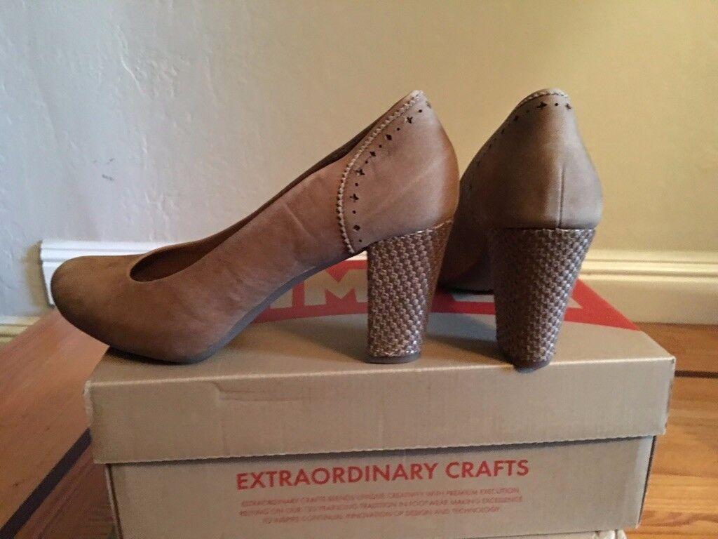 Camper chaussures femmes Taille 41 EU, 11 US Couleur Sand jaune Nubuck, New