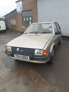 Ford-escort-MK3-1300-ghia
