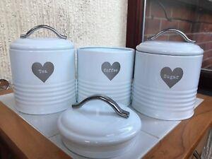 RETRO-VINTAGE-WHITE-HEART-ENAMAL-TEA-COFFEE-SUGAR-JARS-CANISTERS-TINS-AIR-TIGHT