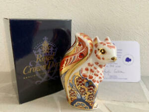 ROYAL-CROWN-DERBY-SQUIRREL-ART-DECOR-PAPER-WEIGHT-RARE-COLLECTIBE-F-S-JAPAN