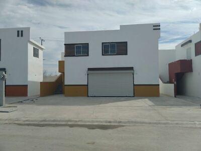 Local y departamento en calle principal del Fracc.Fuente de Piedra, Juárez, N.L.