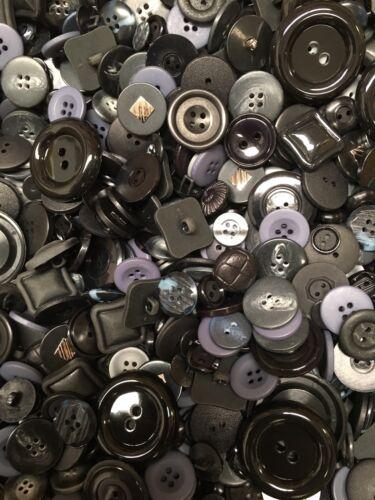 1kg Assorted Botones Negro Gris Azul Marino Varios Tamaños Mezclados Manualidades Trabajo-Lote