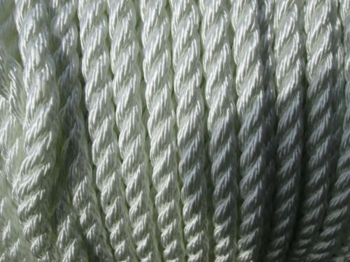 MIL-R Military spec 3//8 inch 3 Strand All Purpose Nylon Rope 50ft 17343D