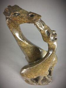 Ancienne-statuette-COUPLE-DE-GIRAFES-sculptee-sur-Steatite-ZIMBABWE-SHONA