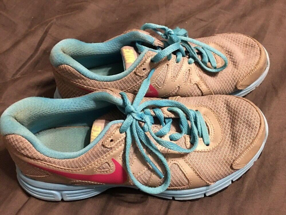 Nike Revolution 2 Grey/Pink/Blue Women's Running Shoes Sz. 4 Wild casual shoes