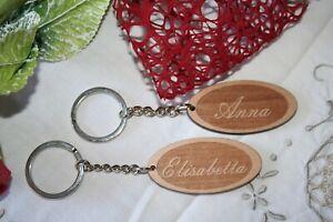 Portachiavi in legno personalizzato inciso per uomo o donna