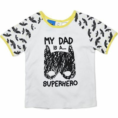 "NEW Licensed Baby//Infants Batman T-Shirt /""My Dad is a Superhero/"" Sizes 6M-24M"