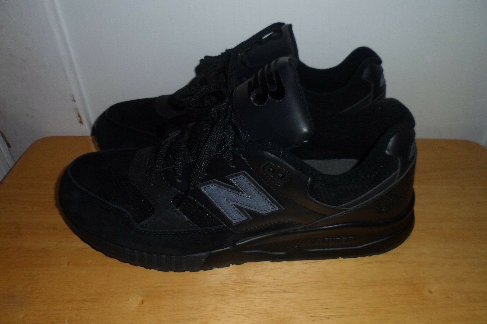 MUST SEE FABULOU NEW BALANCE 530 M530BAA SHOE Uomo 12 D MINT CONDITION