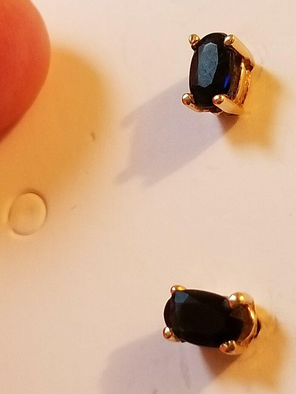 14k yellow gold diamond and Sapphire stud earrings