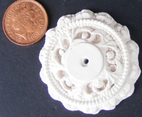 SCALA 1:12 4.1cm di diametro soffitto ROSE tumdee Casa delle Bambole Miniatura Fai Da Te B5