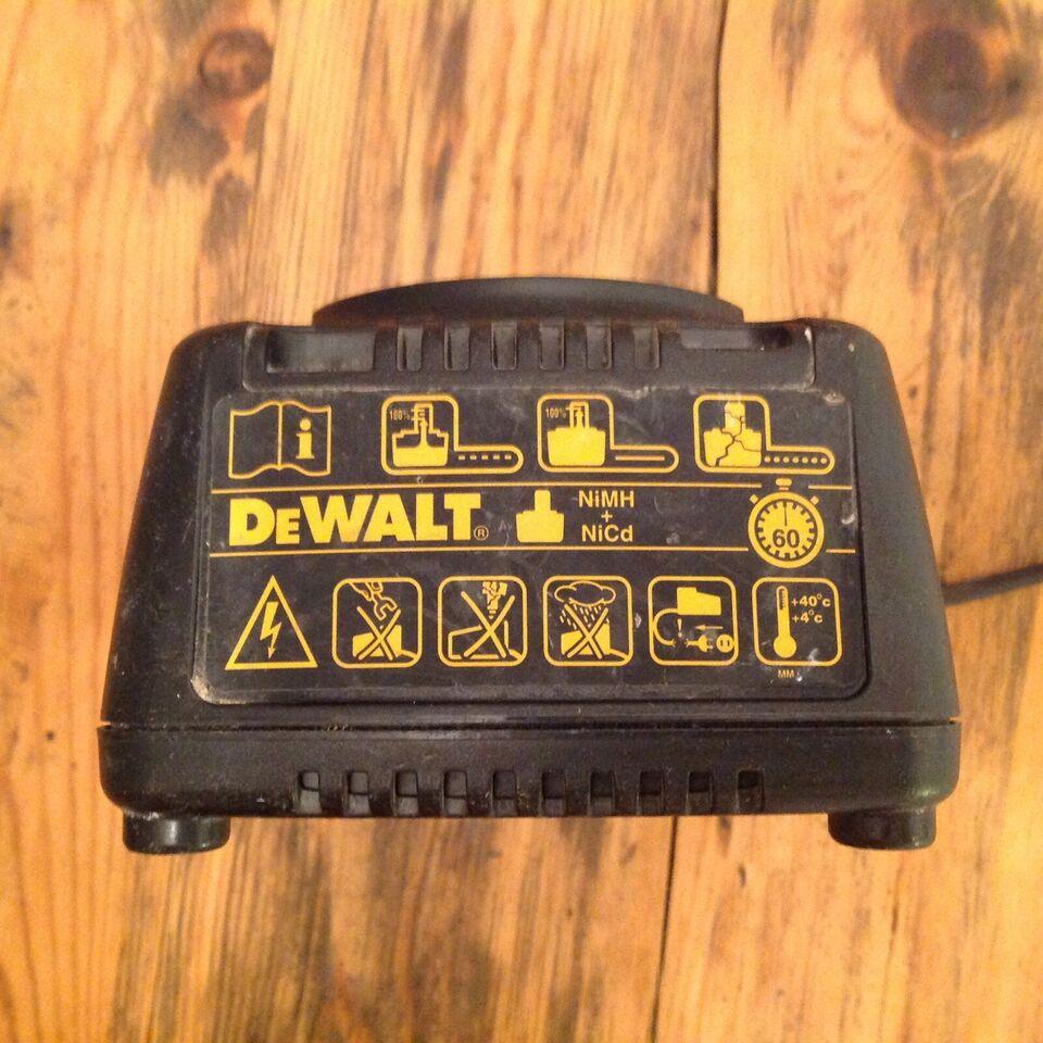 Andet håndværktøj, DeWalt akk oplader