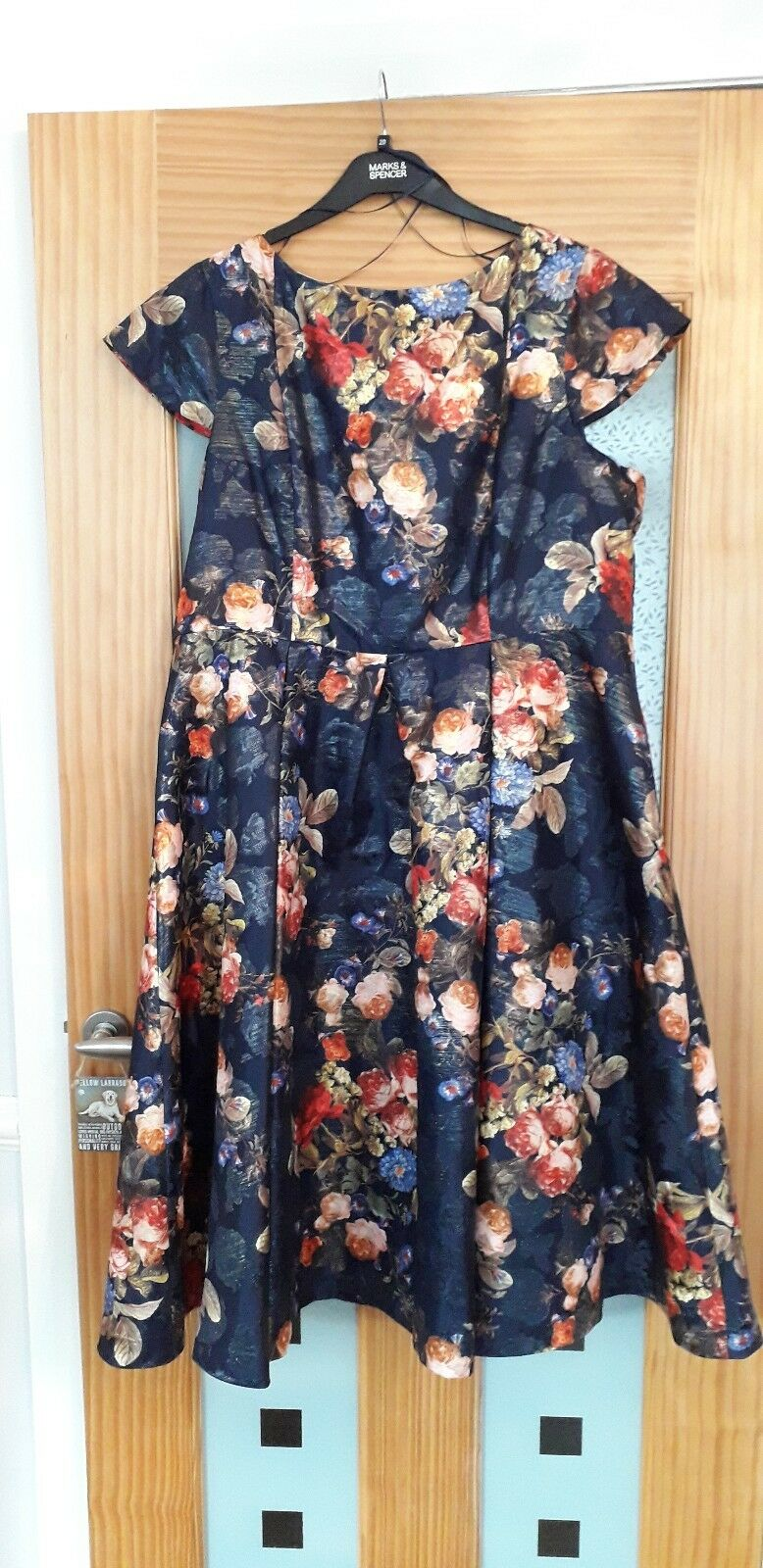 Marks and spencer Per UNA PROM STYLE FLORAL DRESS SIZE 20 BNWT