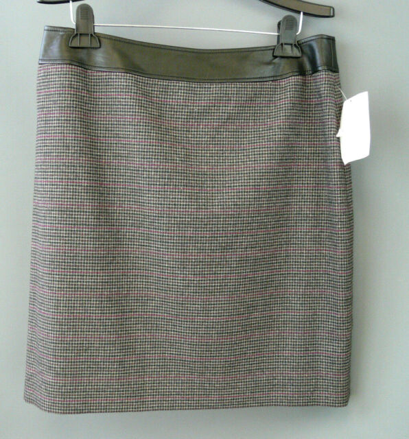 c422d20aa888 Tahari Petite Plaid Pencil Skirt Size 12P # 6C 85 NEW | eBay