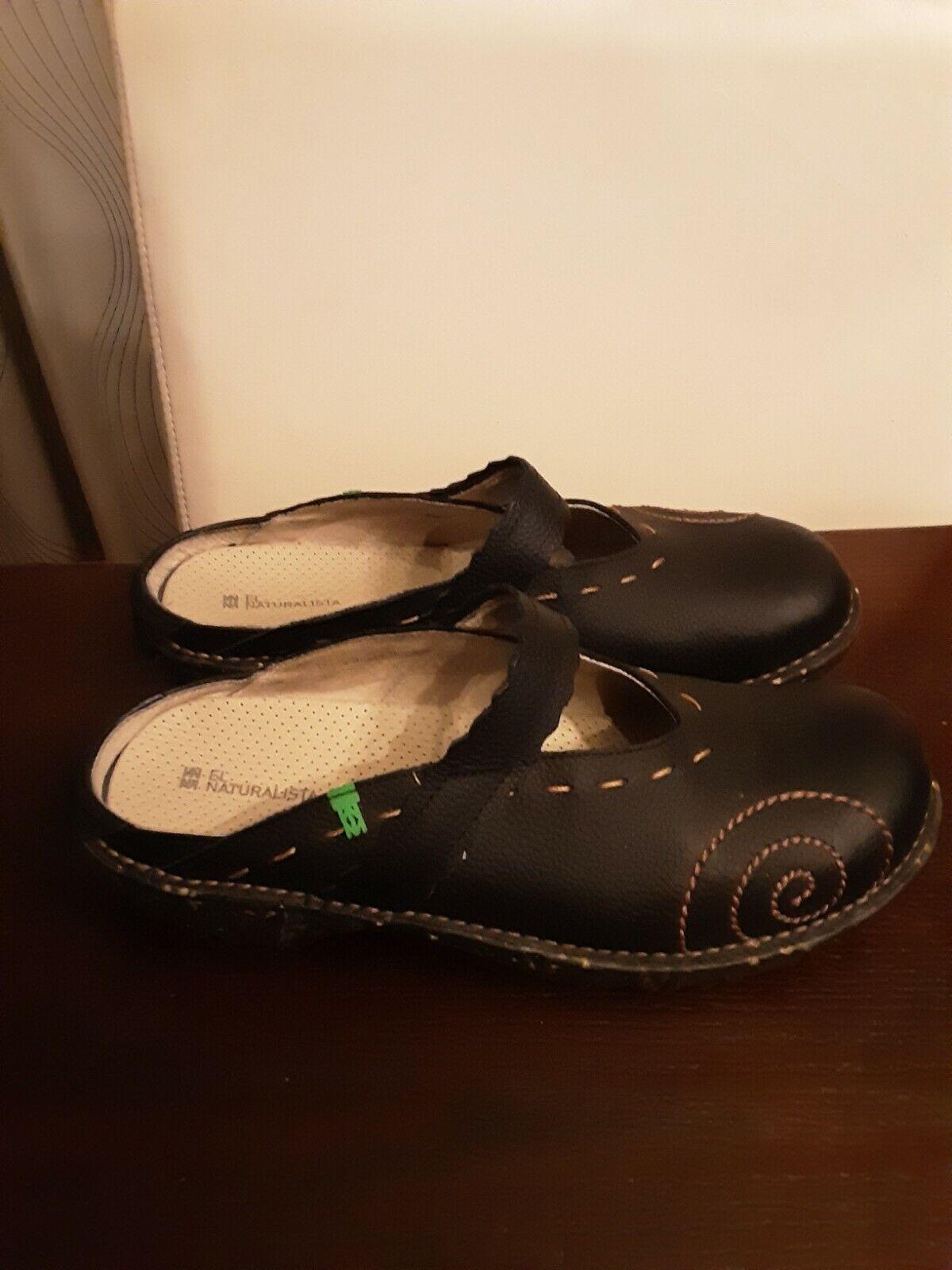 El Naturalista Womens 9.5-M EUR 41 Black Mules Leather Comfort Clogs Shoes EUC