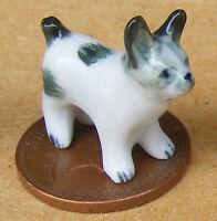 1:12 Dolls House Miniature Small Black & White Ceramic Ornament Puppy Dog K