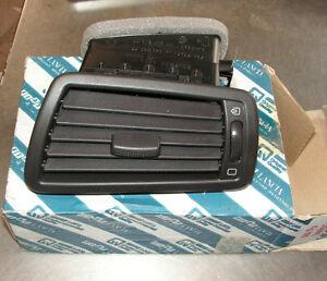 Fiat-Ulysse-Instrument-Panel-Air-Vent-Part-Number-1484108689-Genuine-Fiat-Part