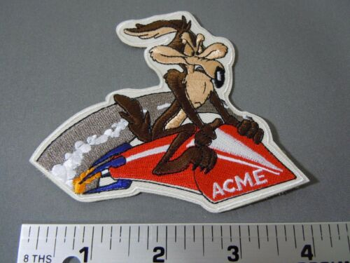 """Looney Tunes 4/"""" COYOTE on ACME ROCKET Embroidered Iron-On Patch WILE E"""