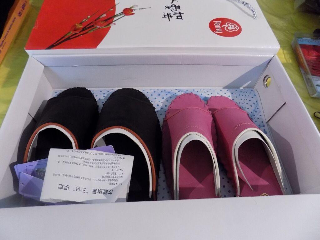Kinesisk  japansk uppsättning tvåHouse Slipper skor