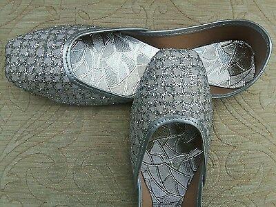 Señoras plata cuero Indio Boda Fiesta Zapatos Talla 5