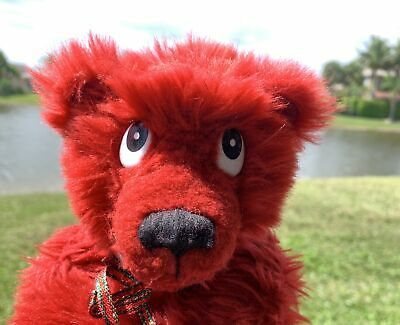 Red Bear on the bay
