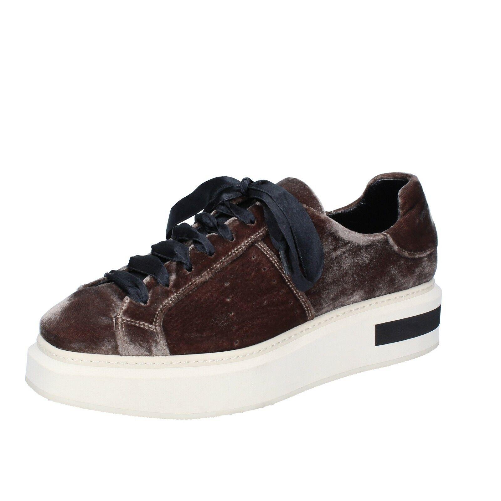Women's shoes MANUEL BARCELO 10 (EU 40) sneakers brown velvet BS332