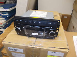 AUTORADIO RADIO NUOVA CD TELEFONO MP3 JEEP CHEROKEE LIBERTY WRANGLER 2011-2015