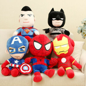 Peluche super eroi 27 CM pupazzo plush BATMAN SPIDERMAN CAPTAIN IRONMAN SUPERMAN