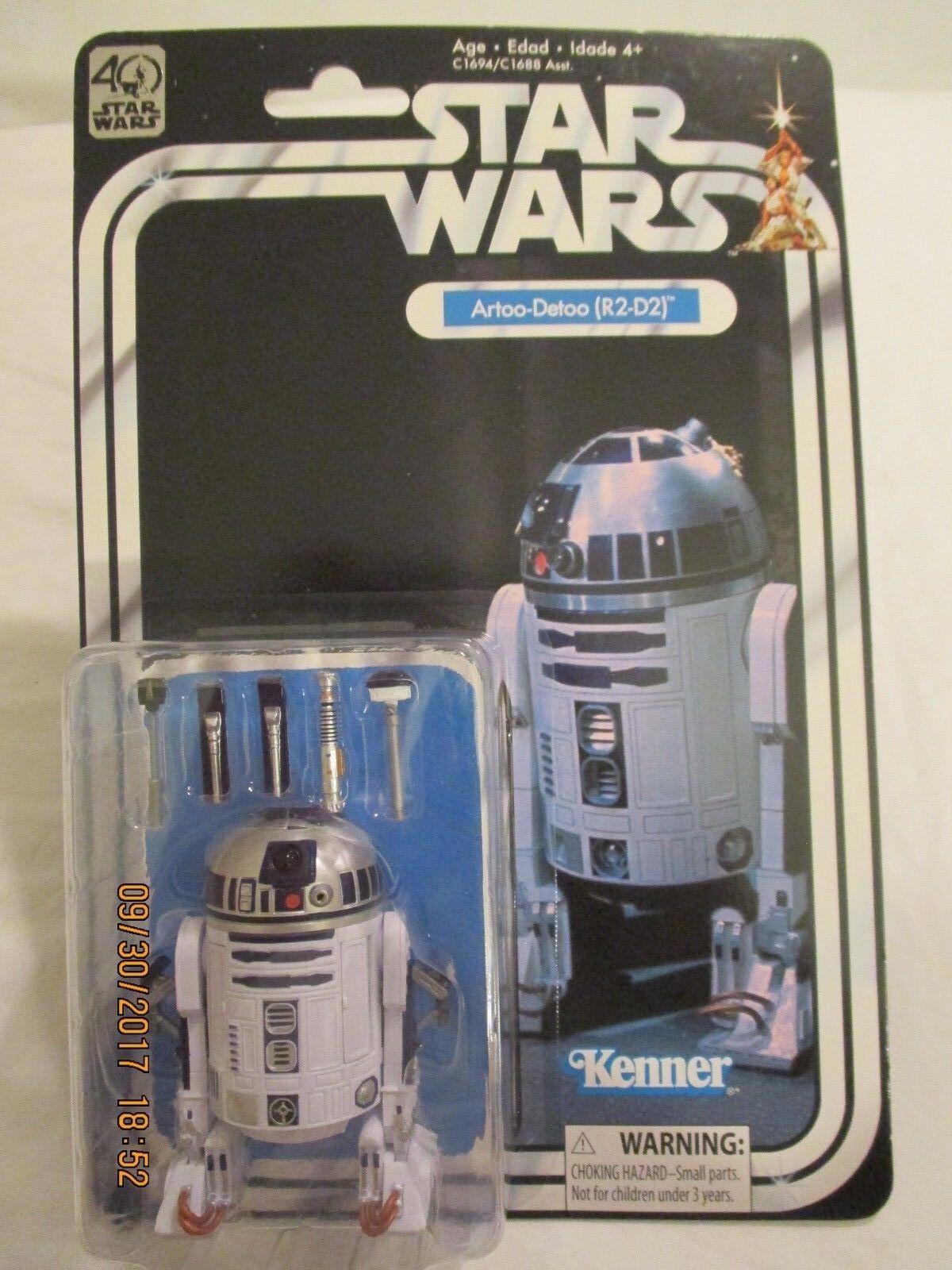 Star Wars 40th Anniversary Artoo-Detoo R2-D2 3 1 4  Figure by Kenner