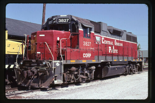 nee-LN 4027 Original Kodachrome slide Central Oregon /& Pacific CORP 3827 GP38AC