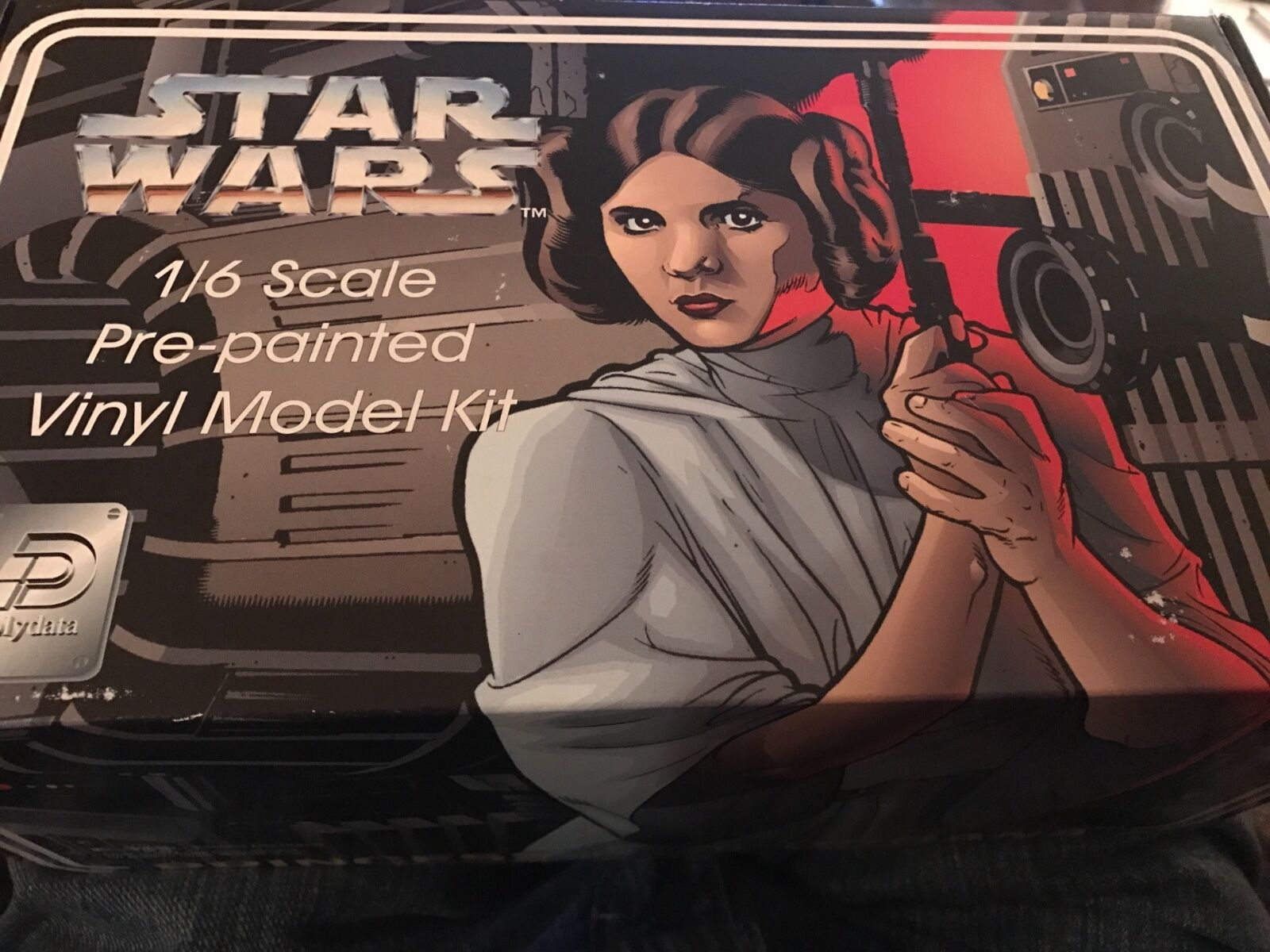 Star Wars 1 6 scale Princess Leia Pre-painted Vinyl Model Kit 1995 NOS