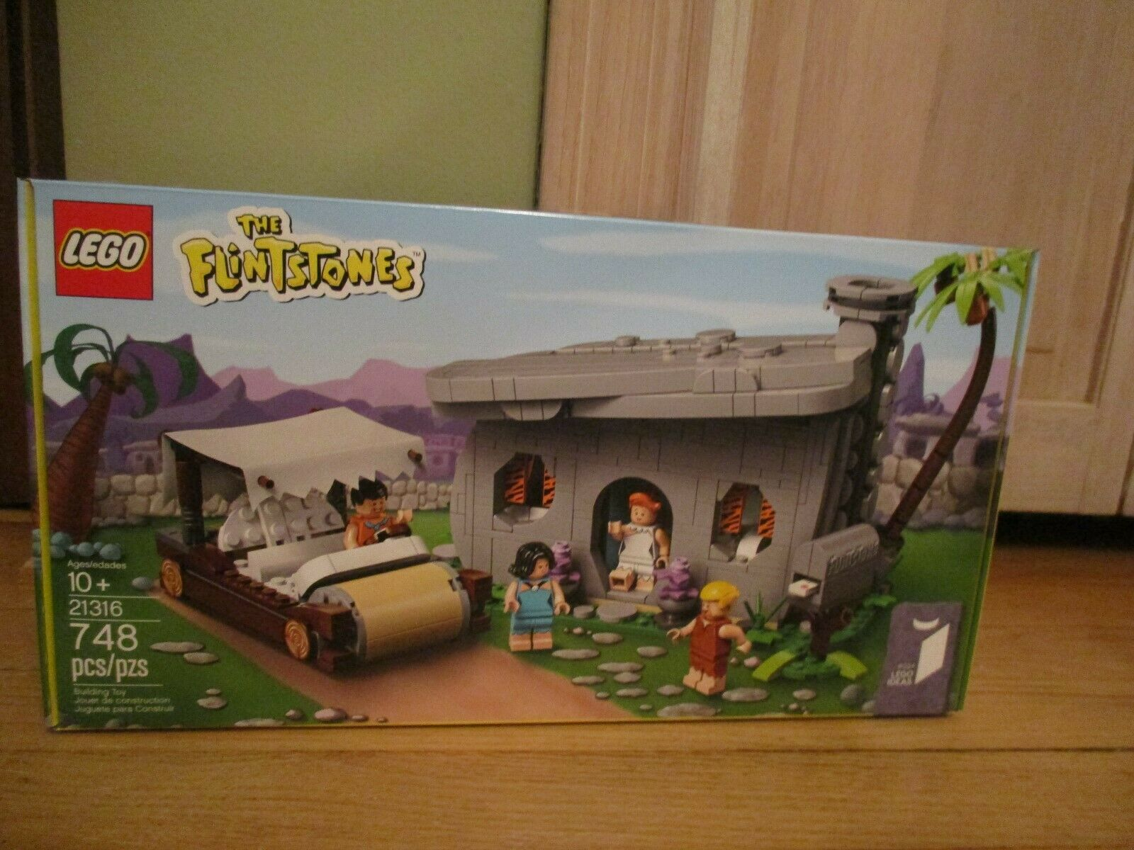 LEGO Ideas 21316 The Flintstones Brand New