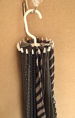 THIS REALLY WORKS 20 hook tie necklace jewellery organiser hanger storage