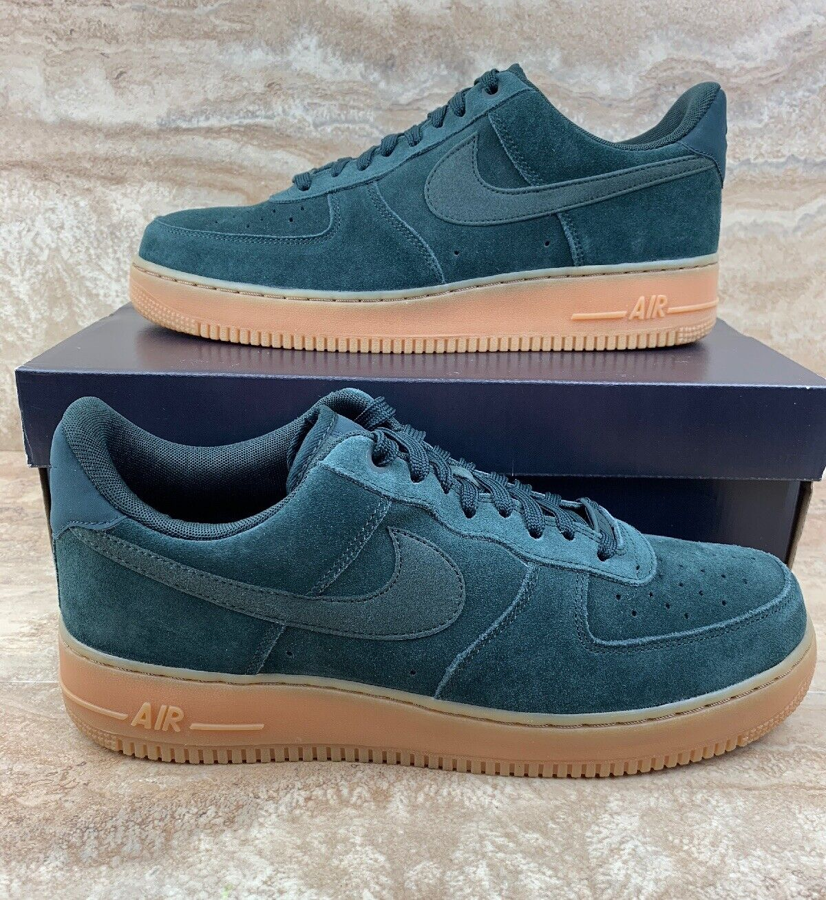 Nike Air Force 1 '07 LV8 Suede Mens Shoes Outdoor Green Gum