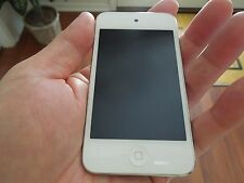 Apple iPod touch 4th Generation White (8 GB)  - bundled with cases and cord