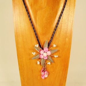 18-034-Pink-Shell-Silvertone-Flower-Handmade-Seed-Bead-Necklace-FREE-SHIPPING