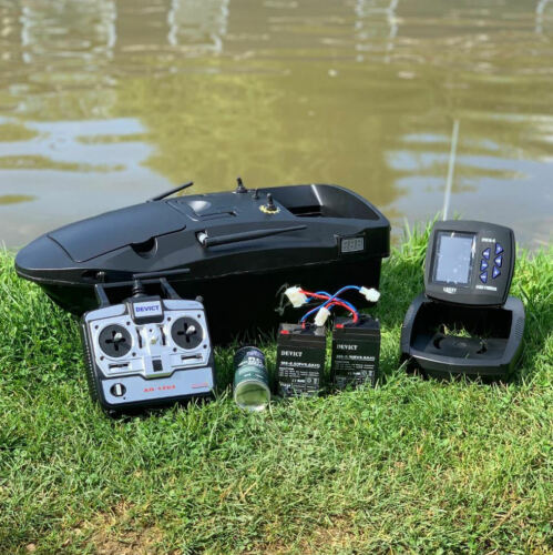 BRAND-NEW-CARP-BAIT-BOAT-LAKE-REAPER-NOW-FITTED-WITH-NEW-TOP-QUAILTY-FISH-FINDER