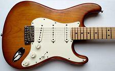 Fender American Standard Stratocaster W/CASE Nitro Satin Series 2012 Honeyburst