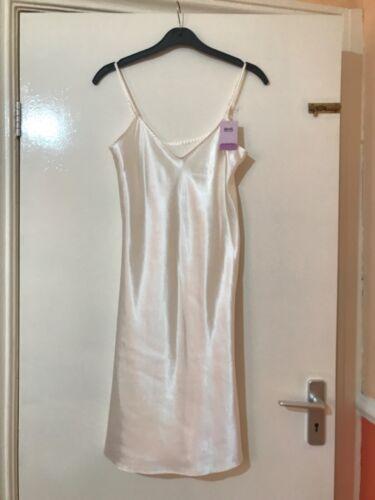 BHS Underskirt FULL SLIP in cream silky shiny 8 12 18 SCOOPE  OR V NECK  BNWT