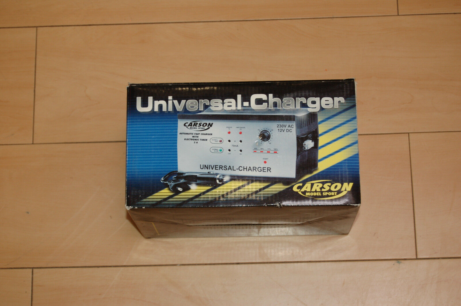 Carson 605003 Universal Charger Ladestation NEU & OVP
