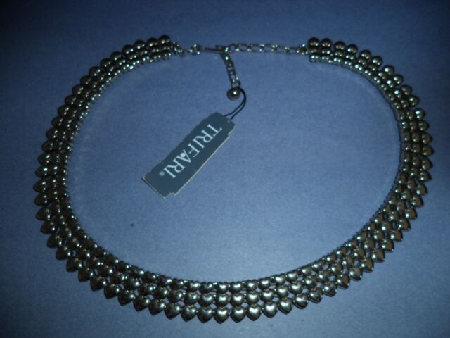 "TRIFARI  Chocker Necklace Hearts silver tone 18 1/2"""