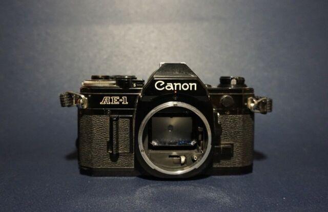 CANON AE-1 - Boitier Infra Rouge / Noir - Appareil Photo Argentique - Collector