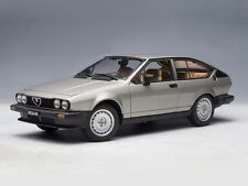 AUTOart Alfa Romeo GTV 2000 1980 Silvergrey 1:18 (70147)