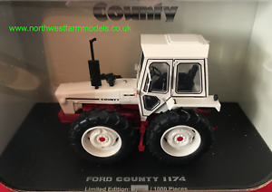 1//32nd Collector Model 1979 Universal Hobbies Tractor Ford County 1174