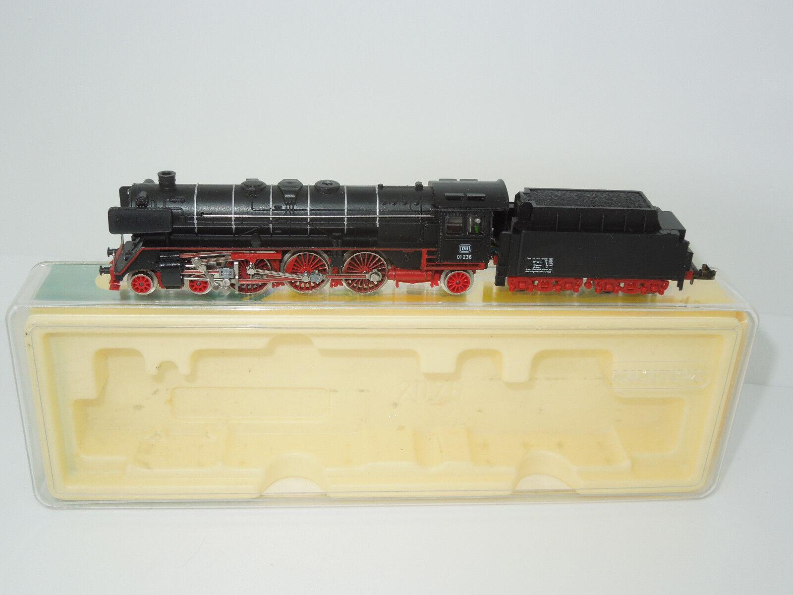 Minitrix pista n 2076 máquina de vapor br 01 de la DB (4)